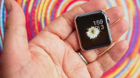Как поменять или установить темы обоев на Apple Watch