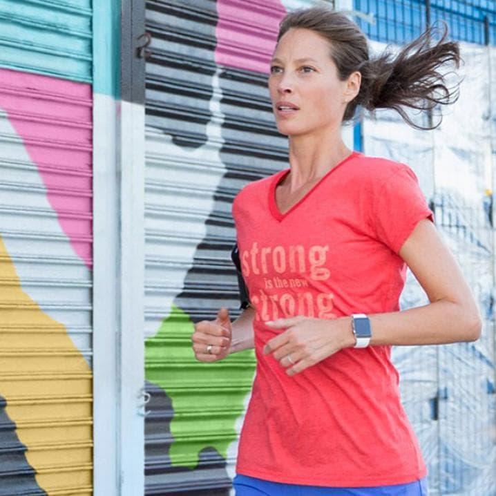 Занятие фитнесом со смарт-часами iWatch