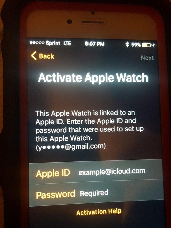 Smart watch lock and unlock iWatch