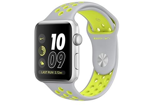 Apple Watch Nike+ 42 мм, корпус из серебристого алюминия, спортивный ремешок Nike цвета «листовое серебро/салатовый» MNYQ2RU/A