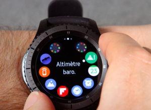 Часы Samsung Gear S3 Frontier в смарт-режиме