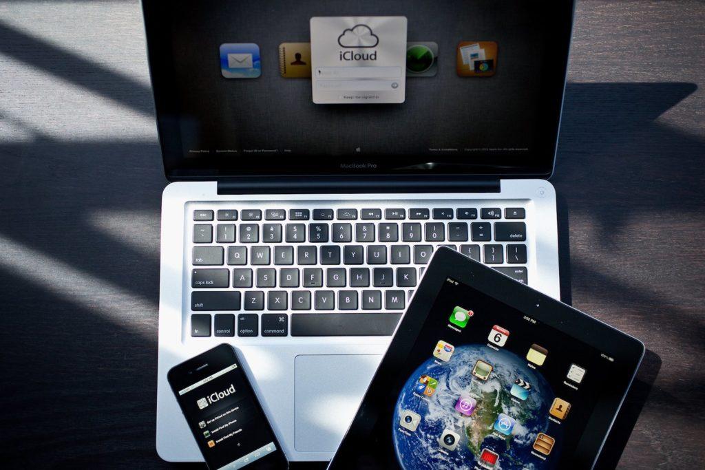 устройства Apple