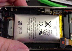 Вздувшийся аккумулятор iPhone