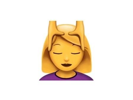 Значение смайлика Emoji «Руки на голове»