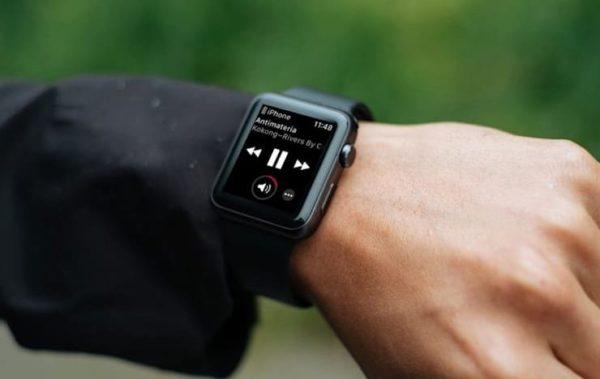 Экран «Исполняется» в Apple Watch