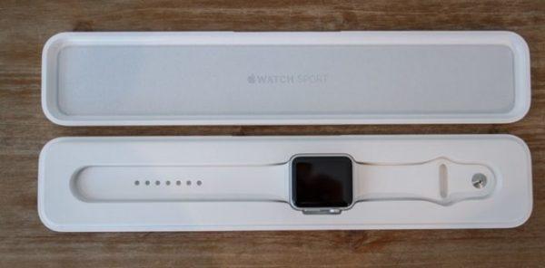 Распаковка Apple Watch Sport