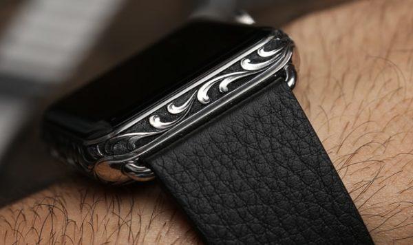 Apple Watch с ручной гравировкой - образец 1