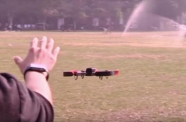 Технология для управления дроном через Apple Watch