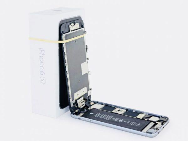 Замена аккумулятора в iPhone - шаг 4
