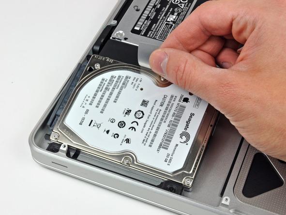 Замена жесткого диска на MacBook Pro - шаг 4