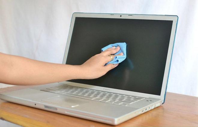 Очистка экрана MacBook Pro Retina
