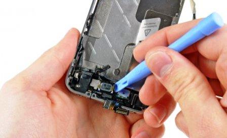 Замена динамика в iPhone