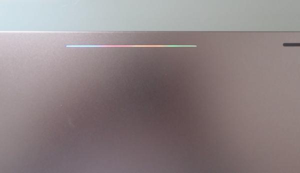 Светодиоды на крышке хромбука Pixel