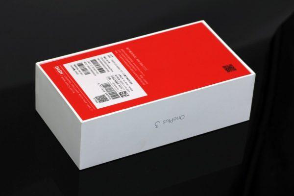 Упаковка OnePlus