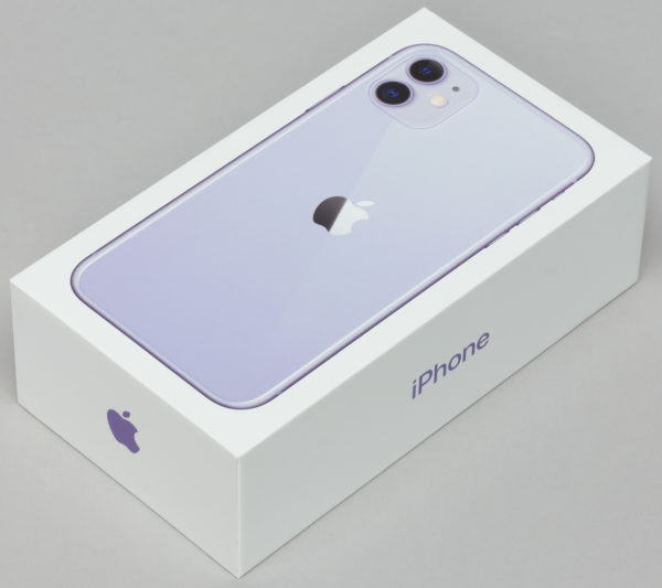 Упаковка iPhone 11
