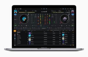 Apple_m1-chip-macbookpro-dj-pro-screen